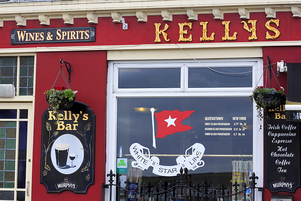Kelly's Pub, Cobh Town, County Cork, Munster, Republic of Ireland, Europe
