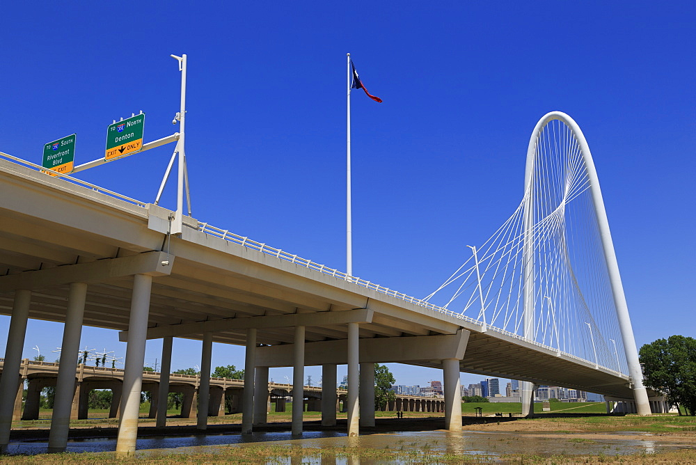 The Margaret Hunt Hill Bridge, Dallas, Texas, United States of America, North America