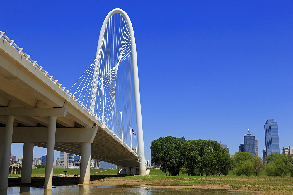 The Margaret Hunt Hill Bridge, Dallas, Texas, United States of America, North America - 776-4704