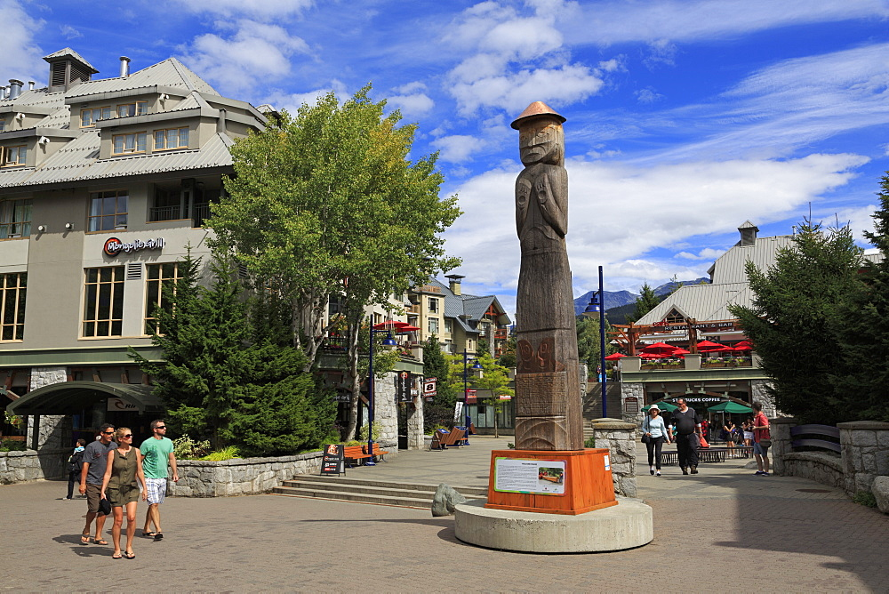 Welcome Figure, Whistler Village, British Columbia, Canada, North America