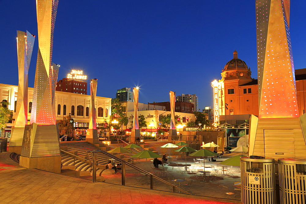 Horton Plaza Park, Gaslamp Quarter, San Diego, California, United States of America, North America