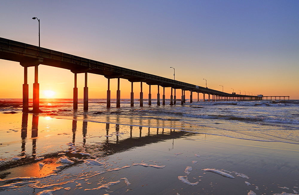 Ocean Beach Pier, San Diego, California, United States of America, North America