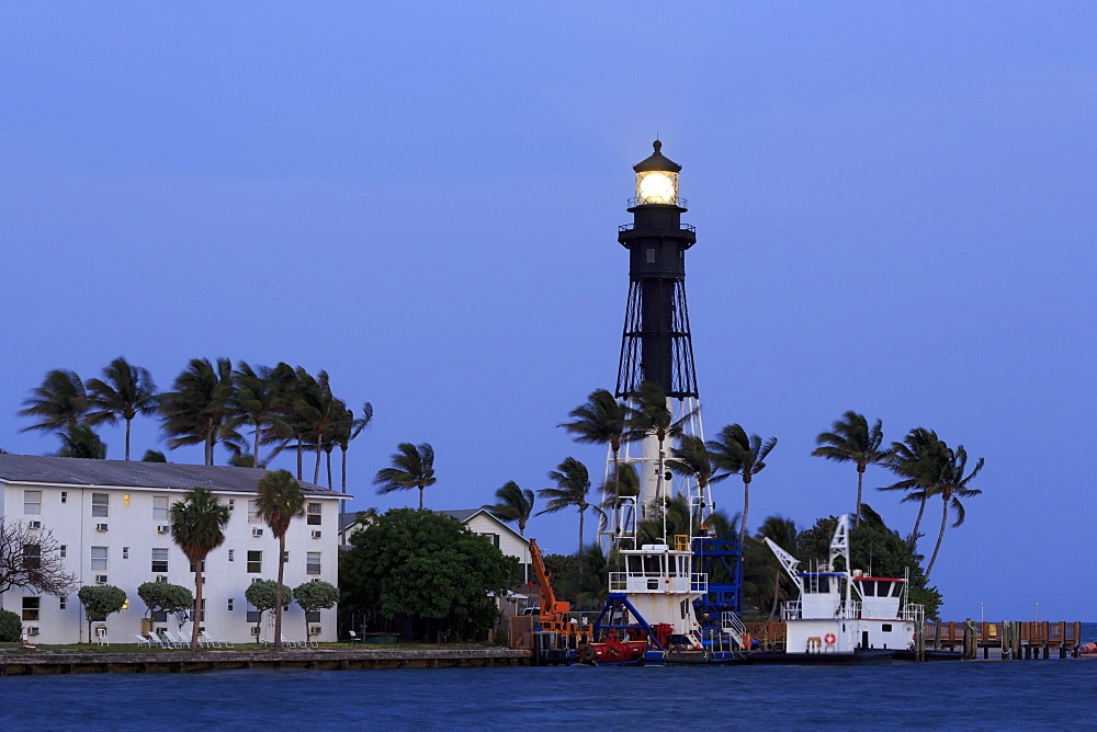 Hillsboro Lighthouse, Hillsboro Beach, Florida, United States of America, North America - 776-5029