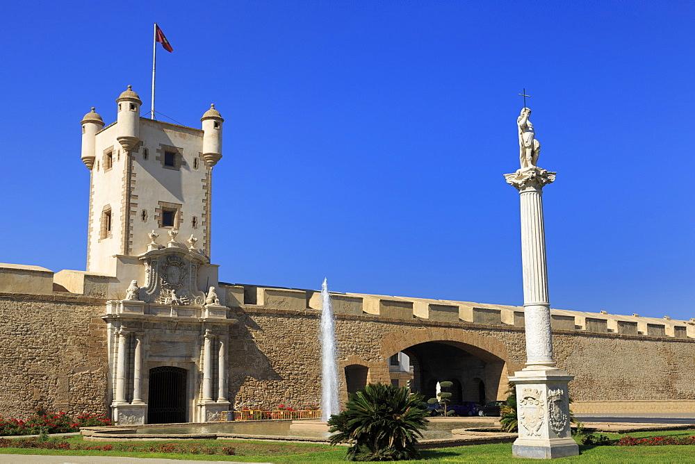 Las Puertas de Tierra, Constitution Plaza, Cadiz, Andalusia, Spain, Europe - 776-5143