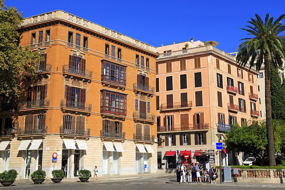 Plaza de la Reina, Palma De Mallorca, Majorca, Belearic Islands, Spain, Europe - 776-5200