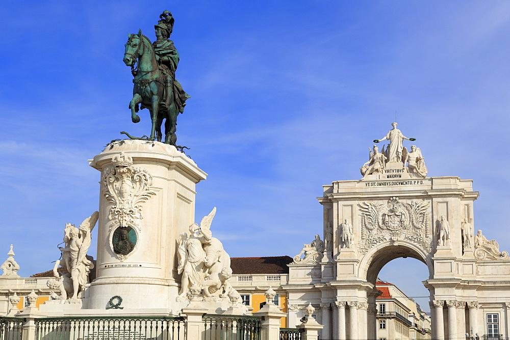 King Jose Monument, Praca Do Comercio, Lisbon, Portugal, Europe