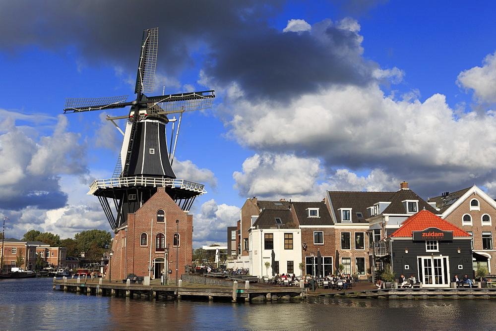 De Adriaan Windmill, Haarlem, Netherlands, Europe - 776-5304