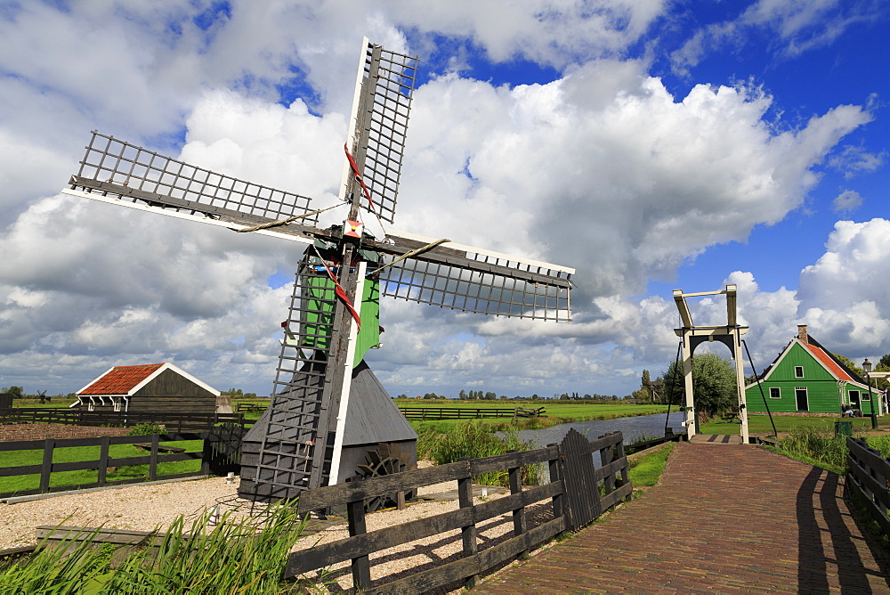 Windmill, Zaanse Schans Historical Village, Zaandam, North Holland, Netherlands, Europe