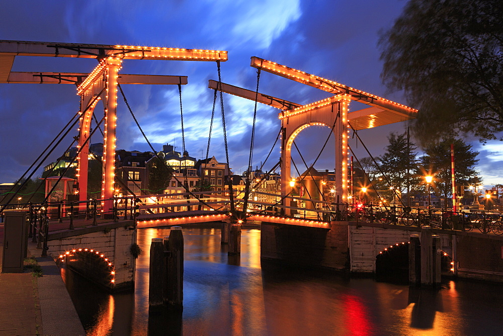 Walter Suskindbrug Bridge, Amsterdam, North Holland, Netherlands, Europe *** Local Caption *** Walter Suskindbrug Bridge, Amsterdam, North Holland, Netherlands, Europe - 776-5333