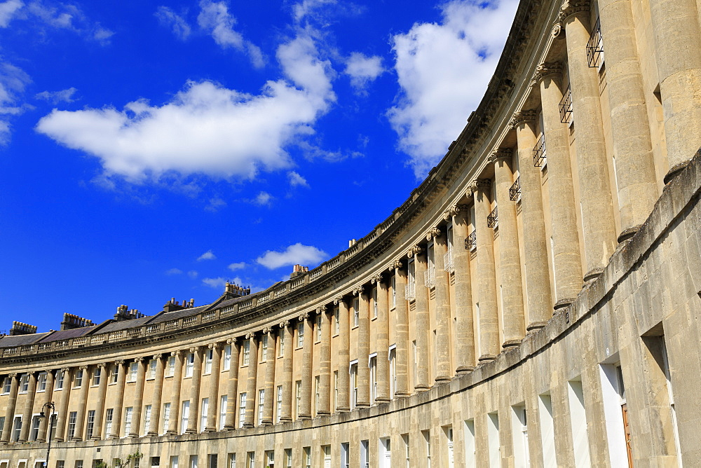 Royal Crescent, City of Bath, UNESCO World Heritage Site, Somerset, England, United Kingdom, Europe