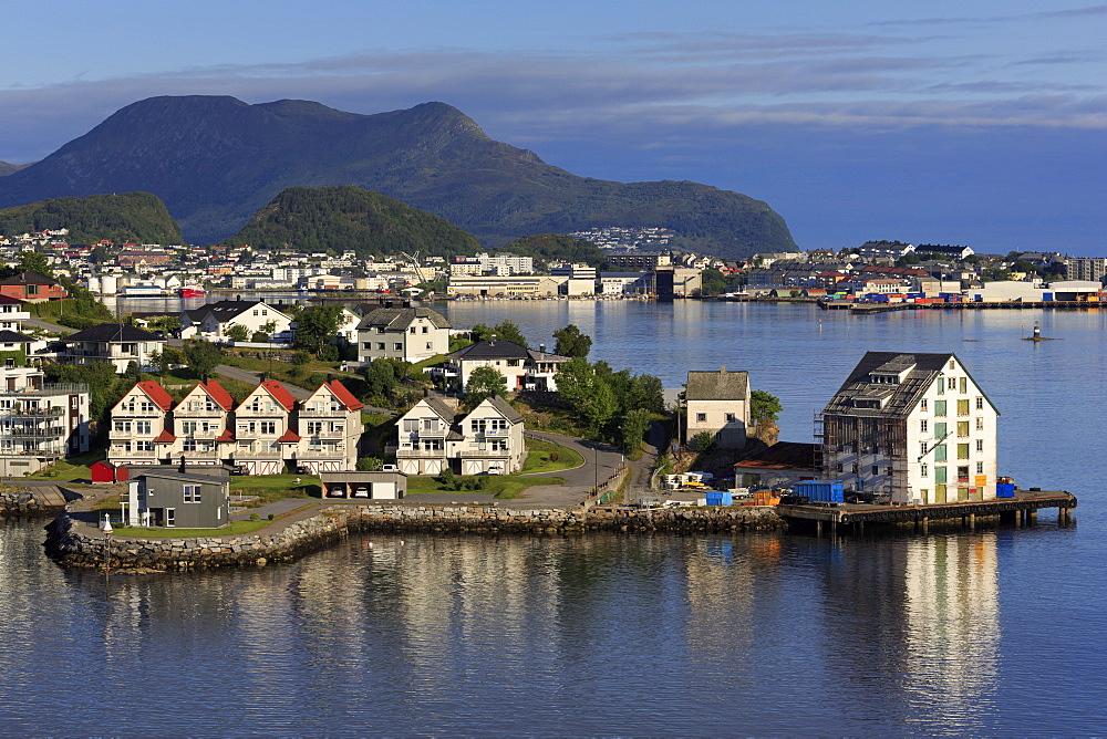 Slinningen District on Hessa Island, Alesund City, More og Romsdal County, Norway, Scandinavia, Europe