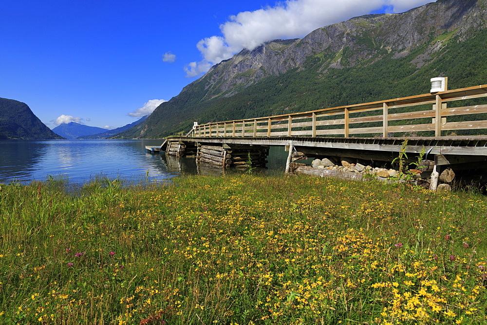 Pier, Skjolden Village, Sognefjord, Sogn og Fjordane County, Norway, Scandinavia, Europe