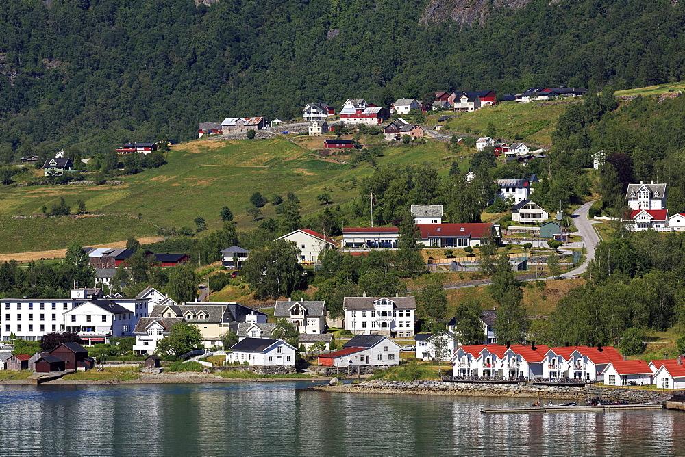 Skjolden Village, Sognefjord, Sogn og Fjordane County, Norway, Scandinavia, Europe