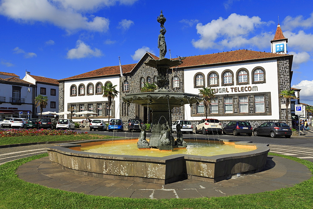 Fountain, Vasco Da Gama Square, Ponta Delgada City, Sao Miguel Island, Azores, Portugal, Atlantic, Europe