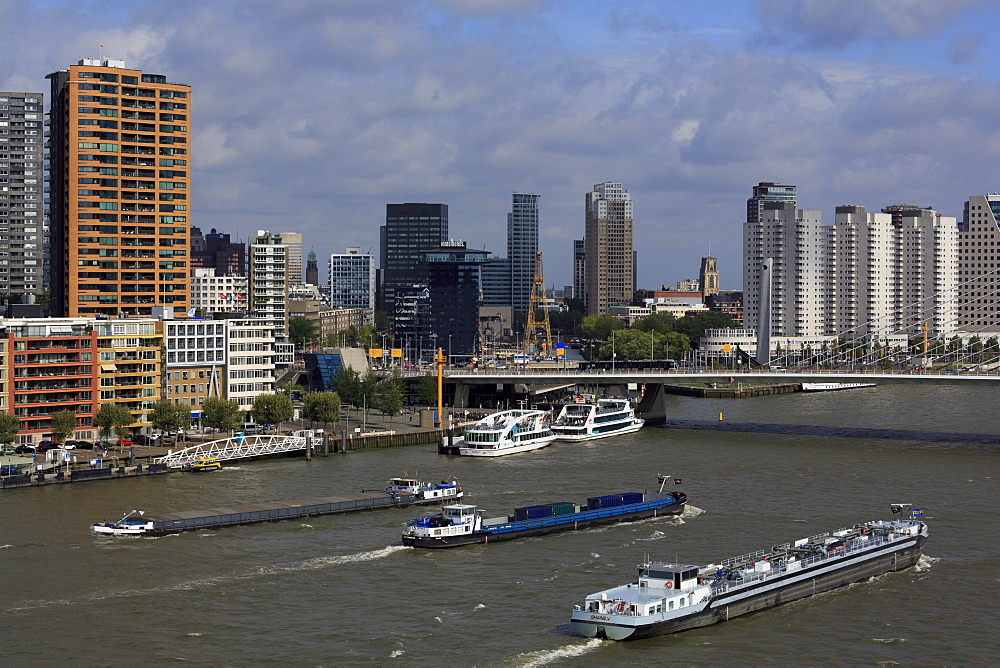 Nieuwe Maas Channel, Rotterdam, Netherlands, Europe