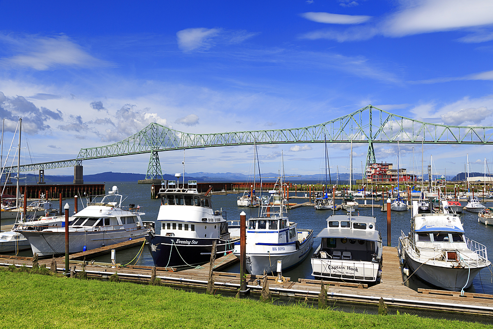 West Mooring Basin, Astoria, Oregon, USA