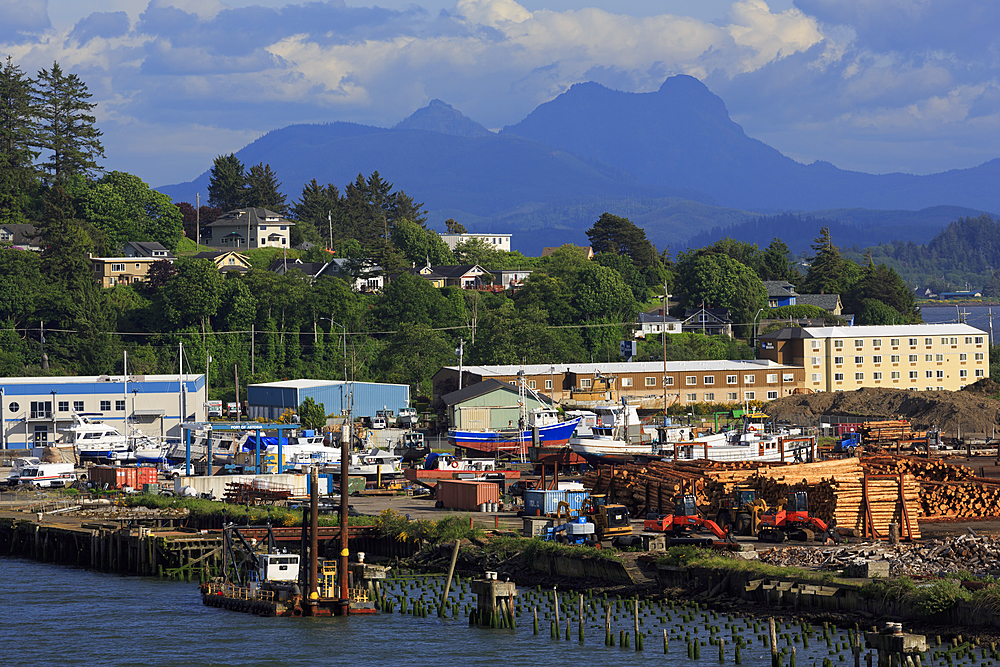 Pier 3, Port of Astoria, Oregon, USA