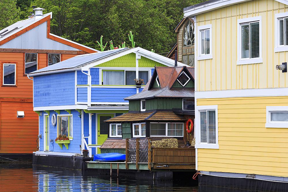 Houseboats, Fisherman's Wharf, Victoria, Vancouver Island, British Columbia, Canada, North America
