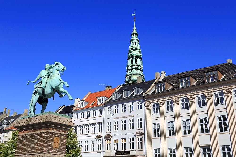 Bishop Absalon Monument, Hojbro Plads, Copenhagen, Zealand, Denmark, Scandinavia, Europe
