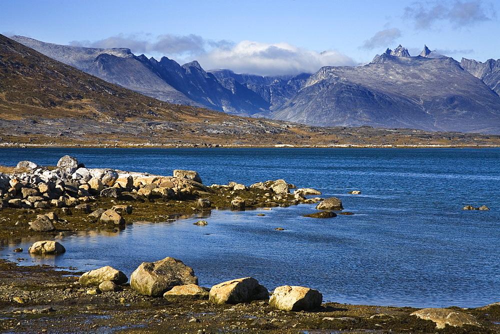 Quassik Mountains, Nanortalik, Island of Qoornoq, Province of Kitaa, Southern Greenland, Kingdom of Denmark, Polar Regions - 776-952