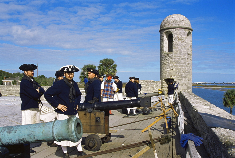 Re-enactors, Castillo de San Marcos National Monument, St. Augustine, Florida, United States of America, North America