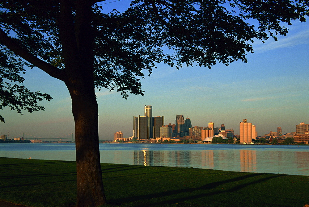 City skyline view from Belle Isle Park, Detroit River, Michigan, United States of America, North America