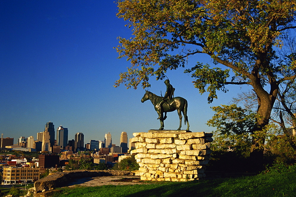 The Scout sculpture, Penn Valley Park, Kansas City, Missouri, United States of America, North America