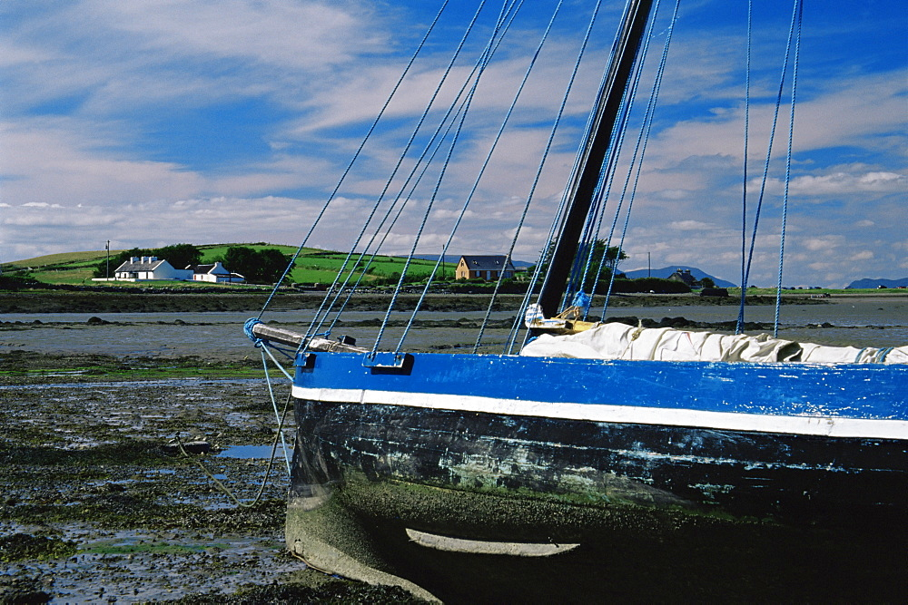 Boat, Clew Bay, County Mayo, Connacht, Republic of Ireland, Europe