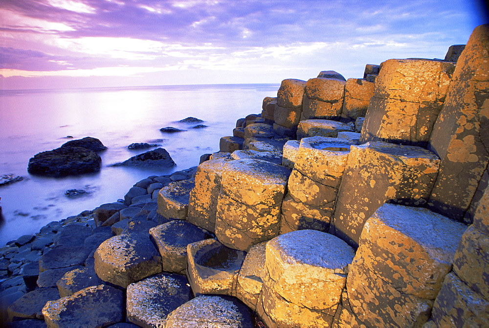 The Giant's Causeway, UNESCO World Heritage Site, County Antrim, Ulster, Northern Ireland, United Kingdom, Europe - 777-858