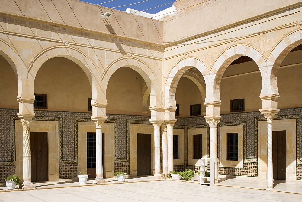 Mosque at Kairouan, Tunisia, North Africa, Africa - 783-12
