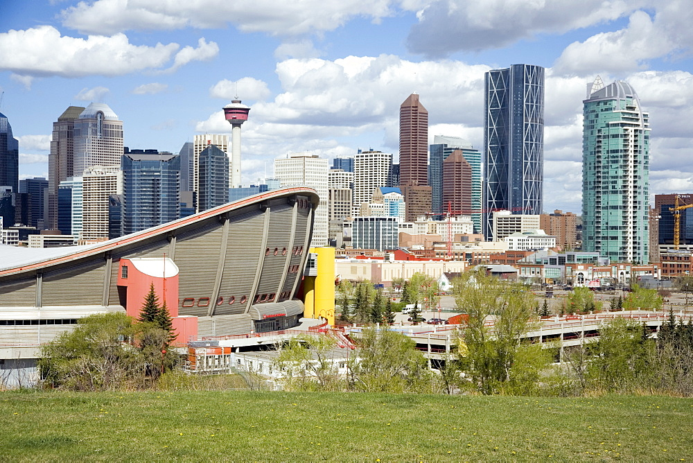 City skyline, Calgary, Alberta, Canada, North America - 783-122