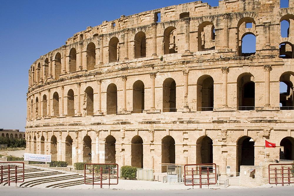Amphitheatre, El Jem (El Djem), UNESCO World Heritage Site, Tunisia, North Africa, Africa - 783-9