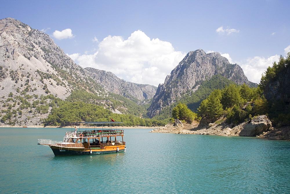 Tourist boat, Green Canyon, Oymapinar Lake, Manavgat, Antalya region, Anatolia, Turkey, Asia Minor, Eurasia