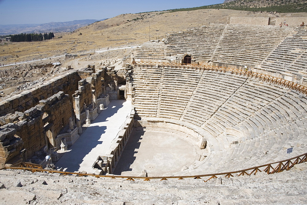 Theatre, built 200BC, archaeological site of Hierapolis, Pamukkale, UNESCO World Heritage Site, Anatolia, Turkey, Asia Minor, Eurasia - 783-97