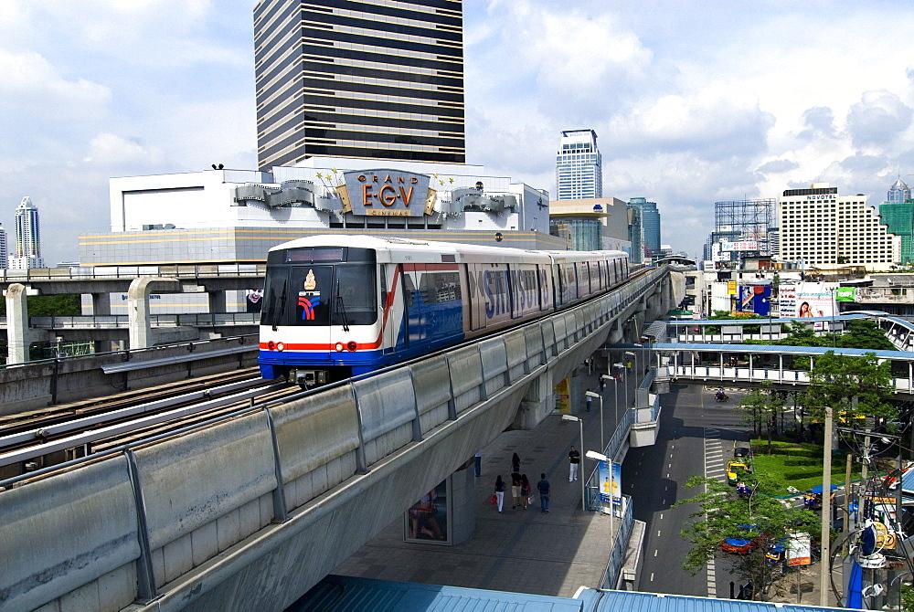 BTS Skytrain, Bangkok, Thailand, Southeast Asia, Asia - 784-221
