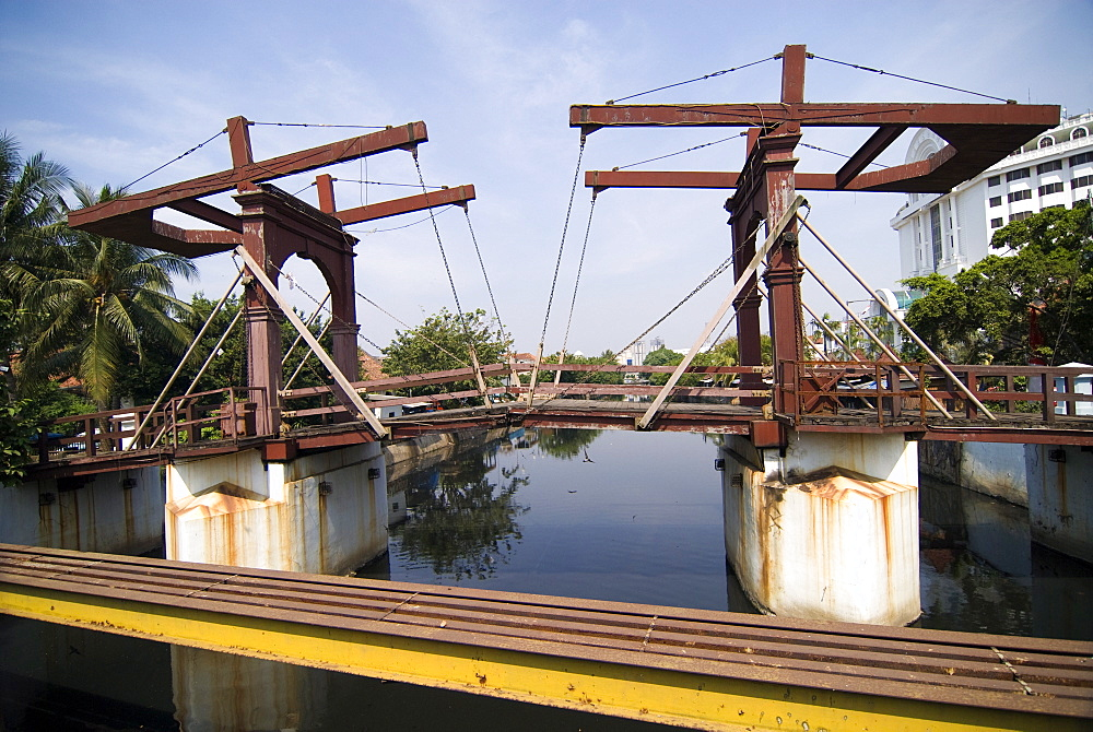 Oldest bridge in Jakarta, Batavia, Jakarta, Java, Indonesia, Southeast Asia - 784-268