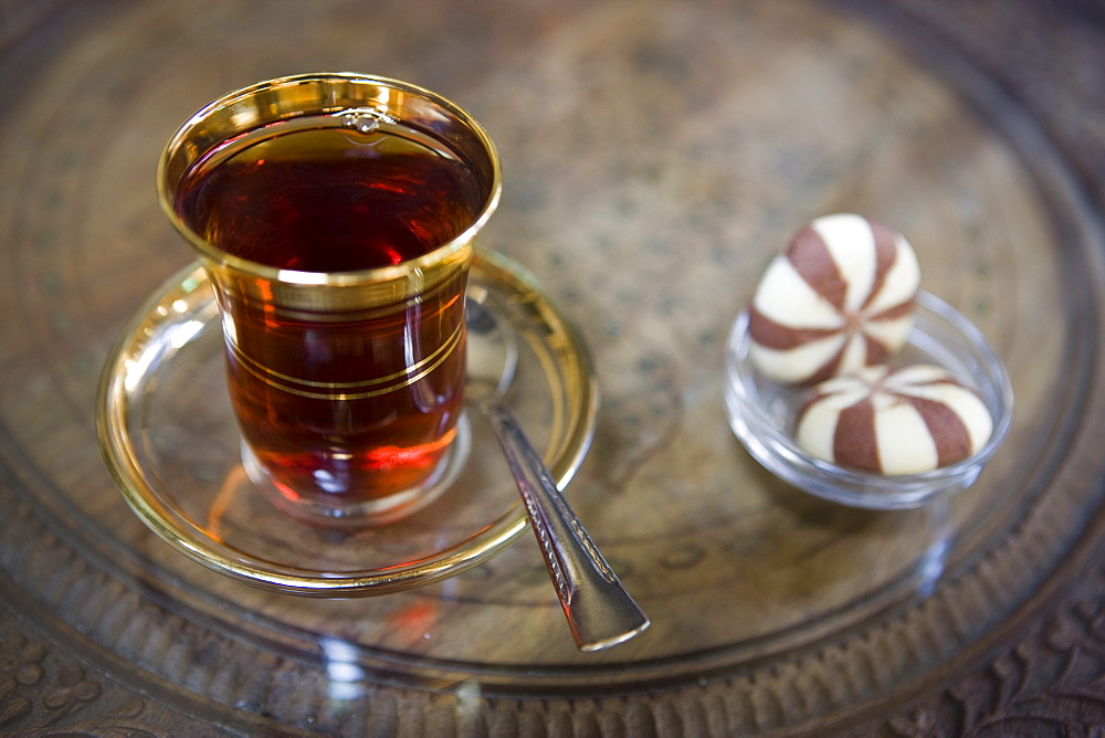 Traditional tea and biscuits, cafe, Istanbul, Turkey, Europe - 785-1089