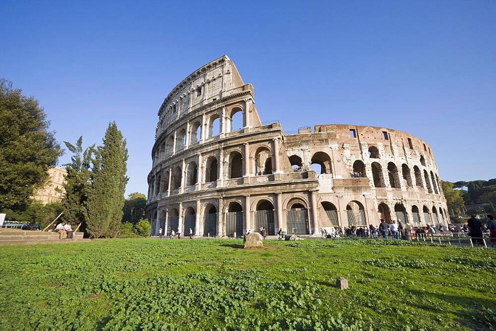 Colosseum amphitheatre, UNESCO World Heritage Site, Rome, Lazio, Italy, Europe