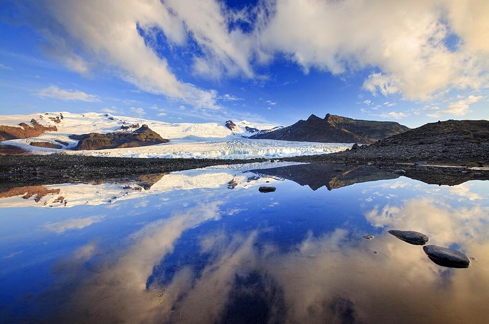 Fjallsarlon glacial lake, Vatnajokull glacier, Iceland, Polar Regions - 789-316