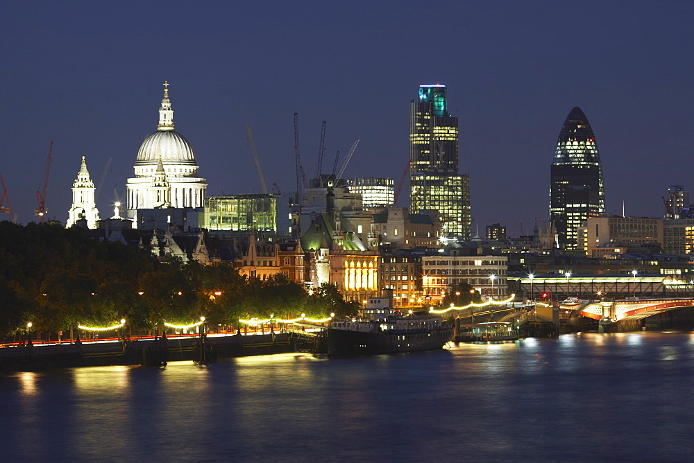 St. Pauls Cathedral and the City of London viewed from Waterloo Bridge, London, England, United Kingdom, Europe - 790-15