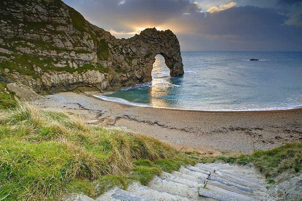 Winter Sunset at Durdle Door, Jurassic Coast, UNESCO World Heritage Site, Dorset, England, United Kingdom, Europe