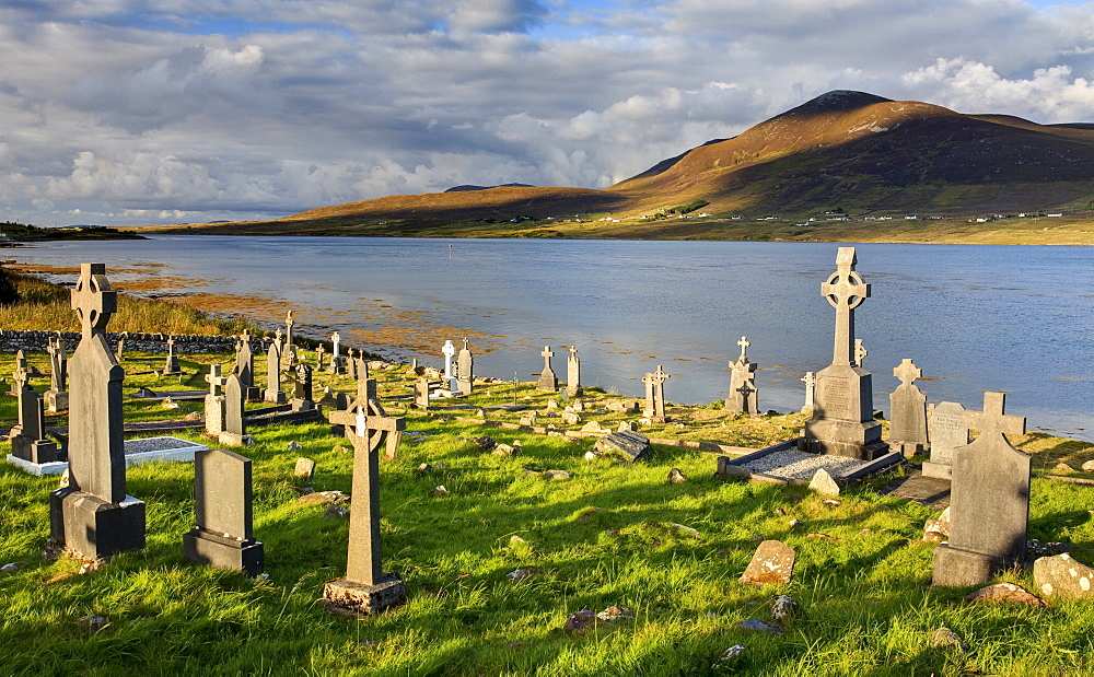 Churchyard, Achill Island, off the coast of County Mayo, Republic of Ireland, Europe