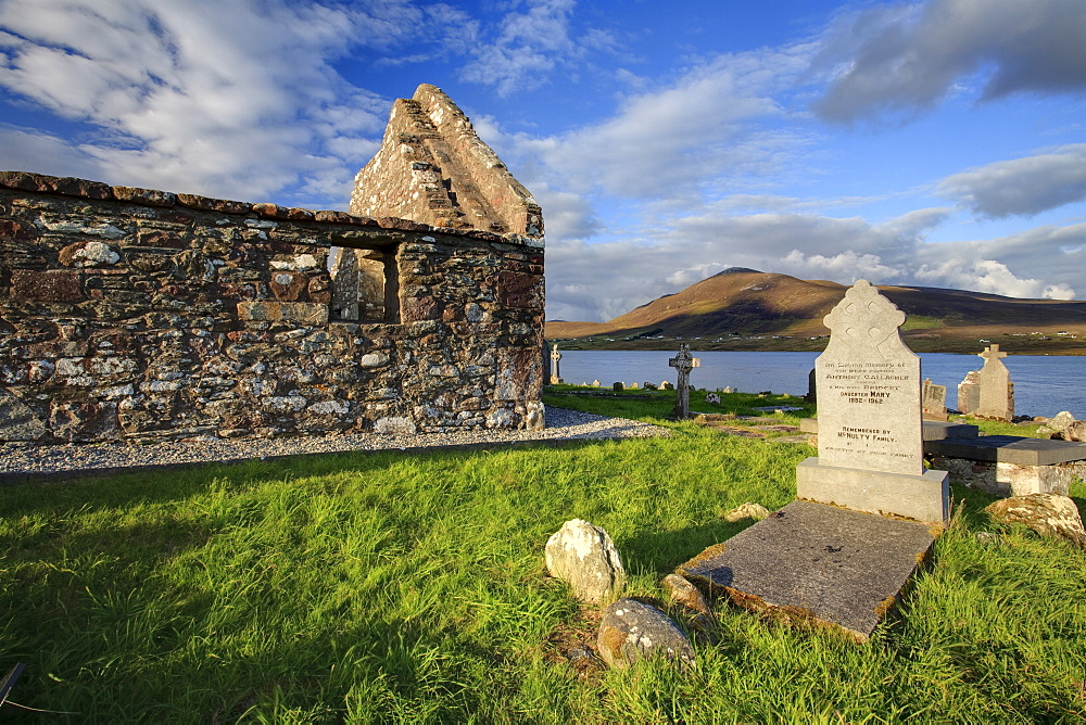 Churchyard, Achill Island, off the coast of County Mayo, Republic of Ireland, Europe - 790-56