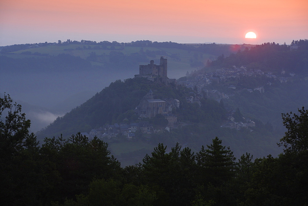 Najac, Midi Pyrenees, France, Europe - 791-18