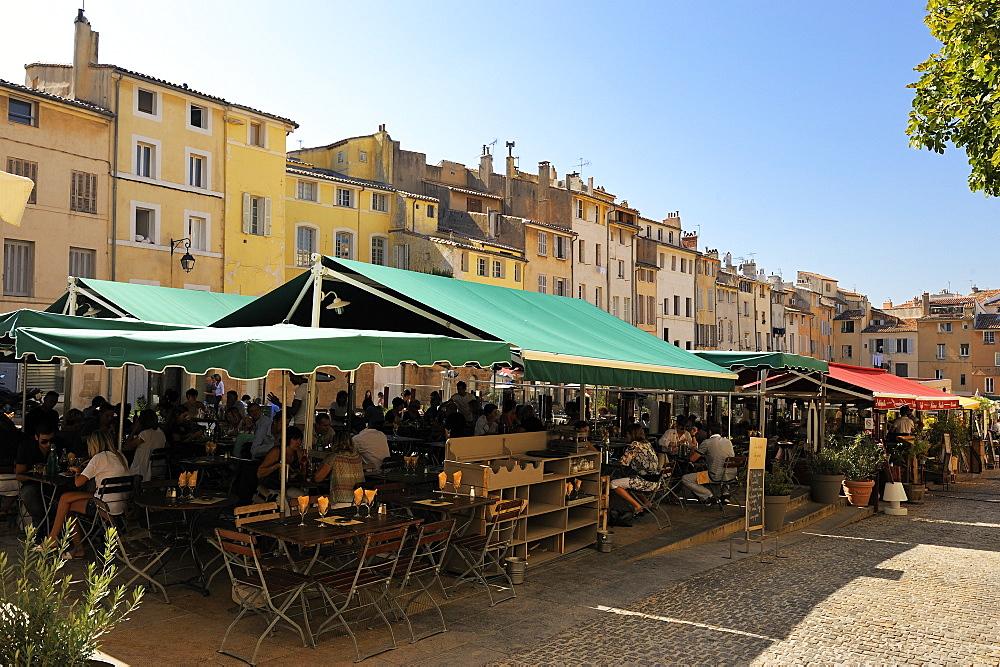Al fresco restaurants, Place Forum des Cardeurs, Aix-en-Provence, Bouches-du-Rhone, Provence, France, Europe