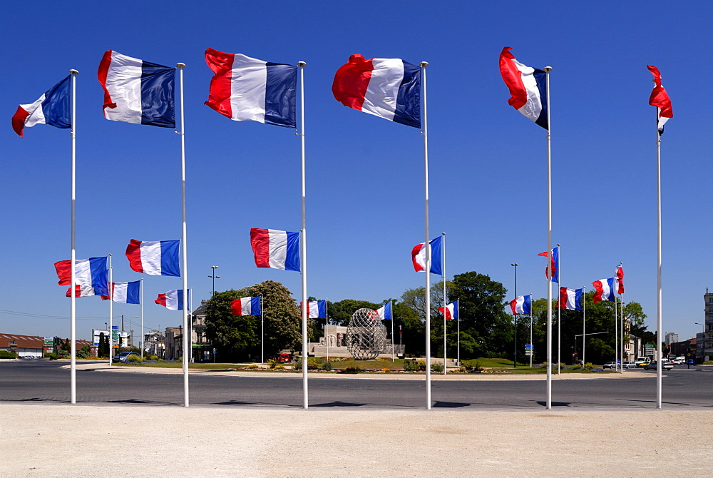 French flags and modern sculpture, Place de la Republique, Reims, Marne, Champagne-Ardenne, France, Europe