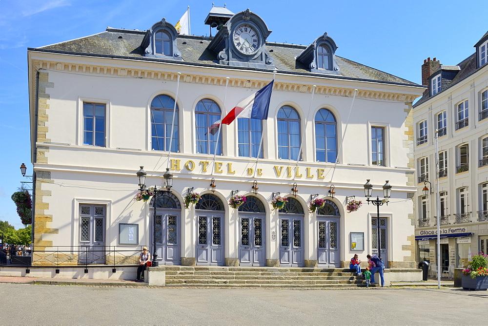 Hotel de Ville, Town Hall, Quai Saint Etienne, Honfleur, Calvados, Basse Normandie, Normandy, France, Europe - 792-867