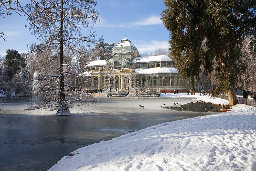 Palacio de Cristal, Retiro Park, Madrid, Spain, Europe