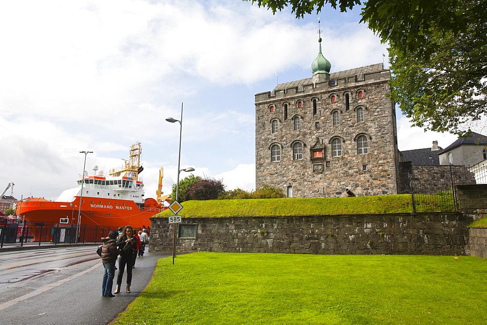 Rosenkrantztarnet tower, Bryggen, UNESCO World Heritage Site, Bergen, Hordaland, Norway, Scandinavia, Europe - 793-1073