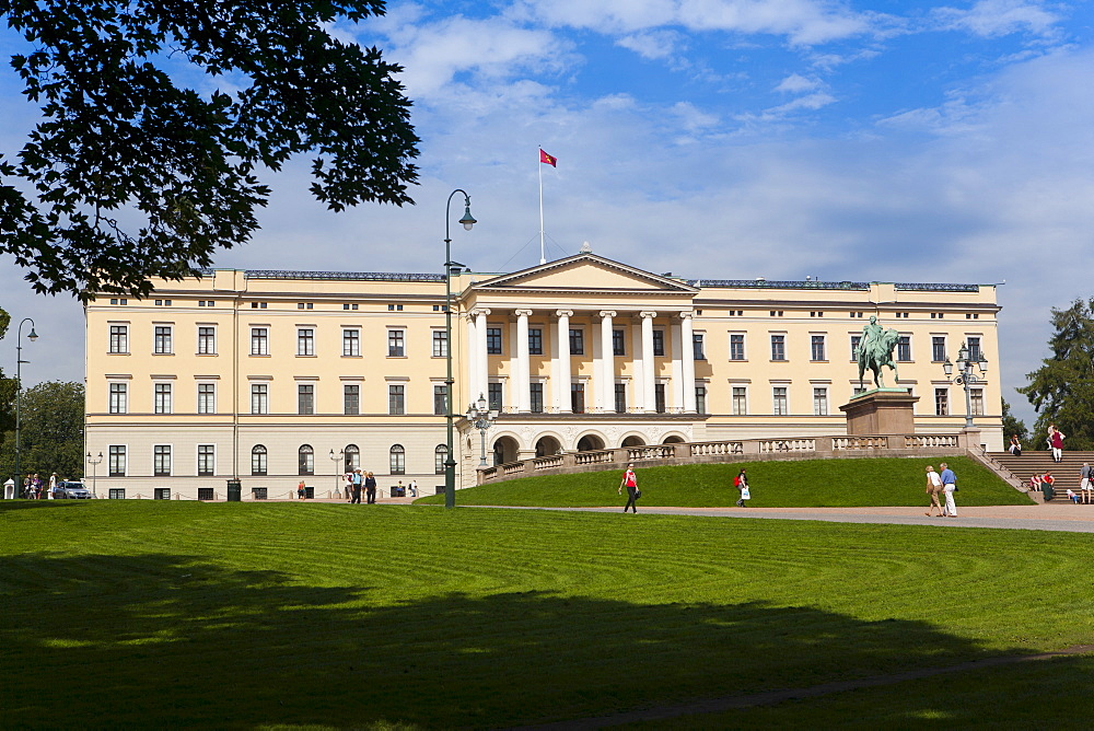 Royal Palace, Oslo, Norway, Scandinavia, Europe - 793-1091
